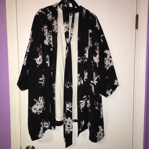 BB Dakota plus size kimono